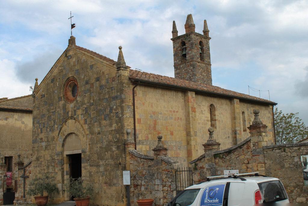 monteriggioni-old-church